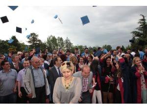 OMÜ Bafra Meslek Yüksekokulu mezuniyet töreni yapıldı