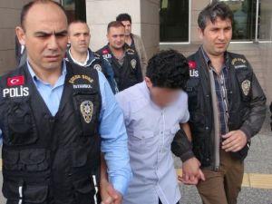 Beyoğlu'ndaki çanta cinayetinin 17 yaşındaki zanlısı tutuklandı
