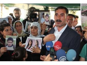 BDP'li Başkan, çocuklarını PKK'dan isteyen aileleri ziyaret etti