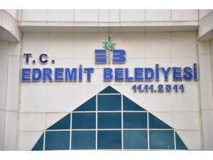 Edremit Belediyesi tabelasına 'T.C.' ibaresi eklendi