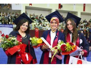 Fen-Edebiyat Fakültesi ve Sağlık Yüksekokulu mezuniyet töreni yapıldı