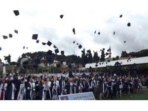 CBÜ Demirci Eğitim Fakültesi 22. dönem mezunlarını verdi