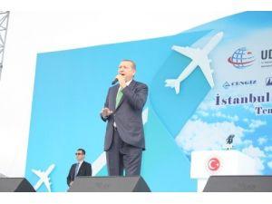 Başkan Erdoğan, İstanbul'un 3.havalimanının temelini attı