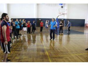 İnegöl'de 1. kademe voleybol antrenörlük kursu düzenlendi