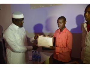 Somali'de liseli hafızlar yarıştı