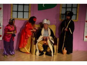 Bizans'tan Kız Alma oyunu Manavgat'ta sahnelendi