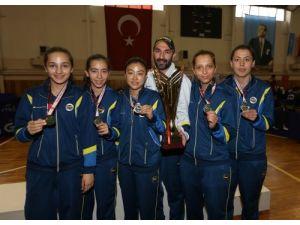 Fenerbahçe Masa Tenisi Bayan takımı şampiyon oldu