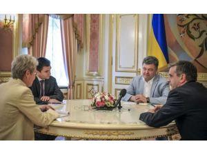 Poroşenko: Ateşkes sağlanmak zorunda