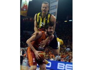 Galatasaray Liv Hospital: 73 - Fenerbahçe Ülker: 64