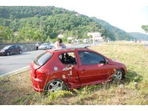 Okuluna giderken kaza yaptı, hayatını kemer kurtardı