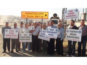 Cizre Karayolları taşeron işçileri seslerini duyurmaya çalıştı