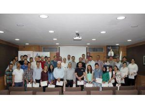 BAKİAD'ın satış pazarlama eğitimini tamamlayan 60 kişi sertifikalarını aldı