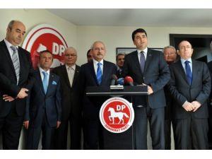 Kılıçdaroğlu: O bayrak bizim namusumuzdur, onurumuzdur