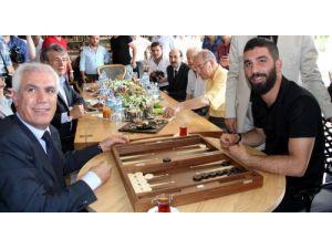 Arda Turan: Barcelona'ya transferimi Ahmet Bulut'a sorarsınız