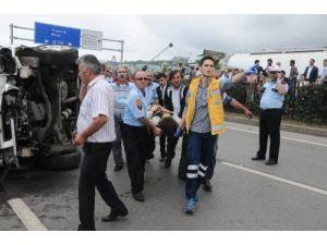 Trabzon'da zincirleme kaza: 11 yaralı