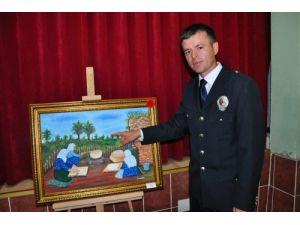 Hem polislik eğitimi aldı hem resim yaptı