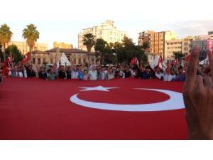 Şanlıurfa'da bayrak indirilmesine tepki gösterildi