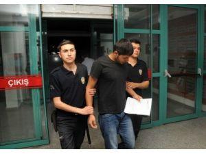 54 öğrenci, kamu malına zarar verdikleri iddiasıyla gözaltına alındı