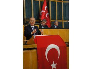 MHP Meclis Grubu'nda bayrak tepkisi