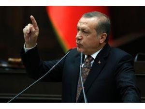 Erdoğan'dan, bayrağın indirilmesine ilişkin çelişkili açıklamalar