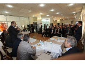 Belediye başkanları muhtarları dinledi