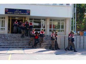 Öğrencileri zehirleyen torbacılardan 37'si tutuklandı