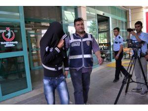 Kamu malına zarar vermek iddiasıyla 54 öğrenci adliyeye sevk edildi