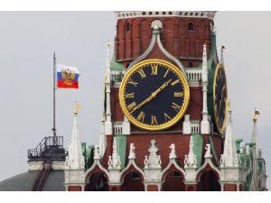 Rusya kış saatine dönüyor