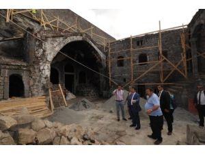 Kızlar Manastırı'nda restorasyon çalışmaları devam ediyor