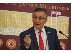 MHP'li Yeniçeri: Silah Erdoğan'ın şakağına döndürülmüş bir şekilde tutuluyor
