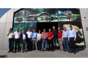 Bursa'dan gelen heyet belediye hizmetlerini inceledi