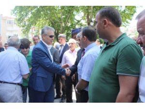 Tokat'a veda eden Vali Taşkesen gözyaşlarını tutamadı