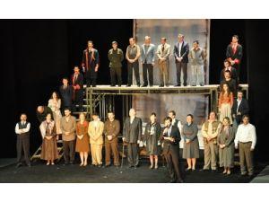Sezonu bitiren Bursa Şehir Tiyatrosu, yazın da sahne alacak