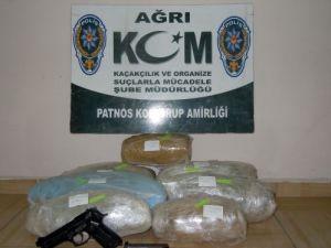 Uyuşturucu operasyonunda 33 kg esrar ele geçirildi