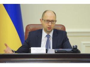 Ukrayna'da seçimlerin ikinci turu için ayrılan kaynak orduya aktarılacak
