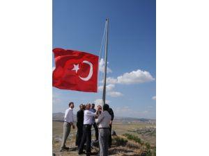 Belediyeden bayraklı tepki