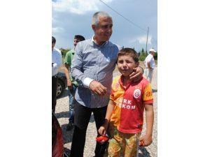 Küçük Ulaş, Başkan Sözen'e çocuk parkı sözünü hatırlattı