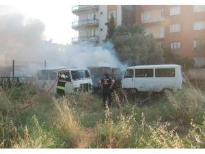 Aydın'da 4 araç böyle yandı