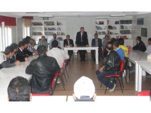 Başkan Şahiner, İŞKUR çalışanlarının sorunlarını dinledi