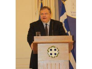 Yunanistan, Musul'daki Türk başkonsolosluğuna baskını kınadı