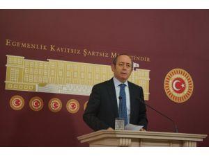 Hamzaçebi: Ulusal duruşu, ulusal beraberliği göstermemiz gereken bir süreç