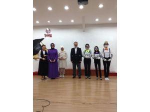Yıldız Koleji 12. dönem mezunlarını törenle uğurladı