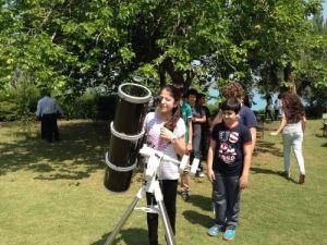 Burç Çukurova öğrencileri teleskopla güneşi izledi