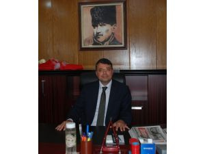 Silifke Belediye Başkanı Mustafa Turgut'tan bayrak indirmeye tepki