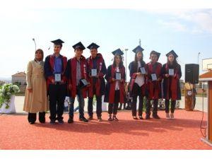 Bafra Fen Lisesi 2013-104 mezunları törenle uğurlandı