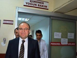 Vali Mustafa Tutulmaz, yaralı polis memurunu ziyaret etti