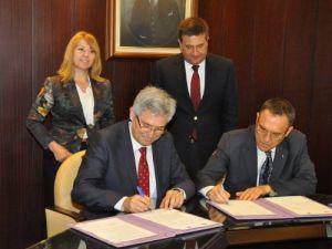 Çukurova ve Hacettepe üniversiteleri arasında işbirliği protokolü imzalandı