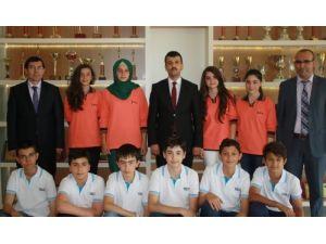 Akansu Koleji öğrencilerinin TEOG başarısı