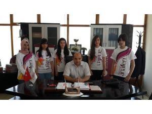 Türkiye şampiyonu Erzincan Anafen Dershanesi'nden