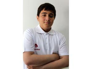 Alparslan Koleji öğrencisi TEOG'da Tükiye birinci oldu